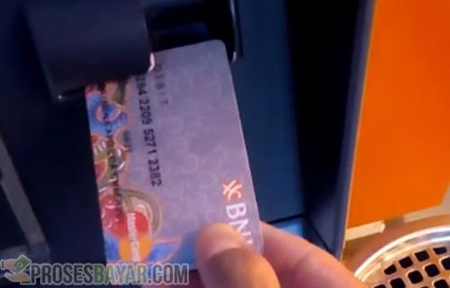 Posisi Benar Kartu ATM BNI