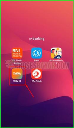 1 Buka Aplikasi TMRW UOB