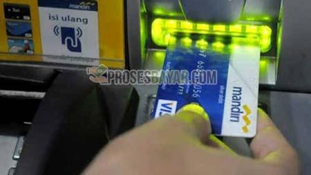 1 Masukan Kartu ATM Mandiri
